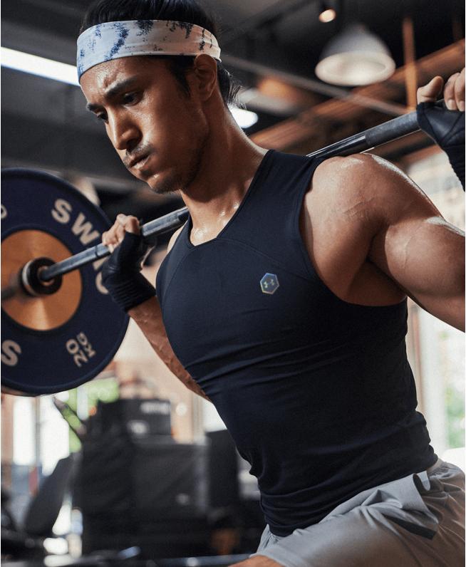 男士UA RUSH HeatGear®强力伸缩型背心